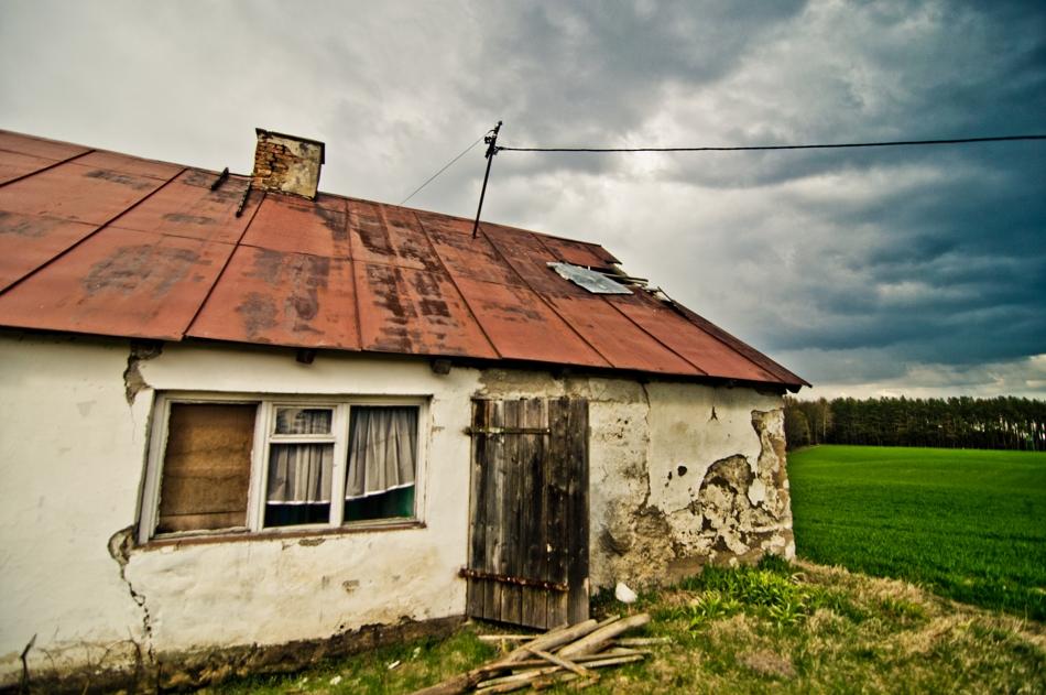 Mały, biały domek …