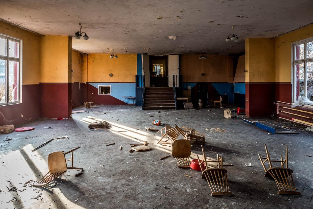 ZbigniewPiotrPiotrowski - opuszczony KASZTELANKA w Jastarni (2)