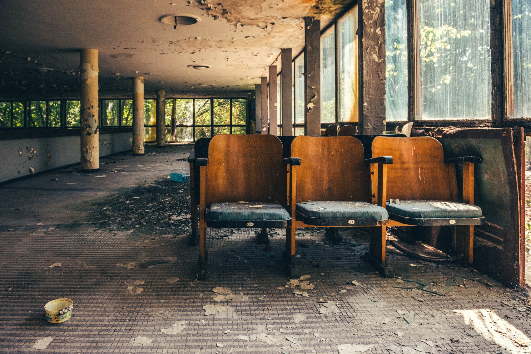 Opuszczony teatr gdzieś w helskich czeluściach
